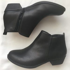 Western Heeled Ankle Boots Women Sz. 8 Zip Closure